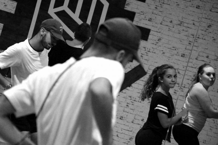 headdancegal214056